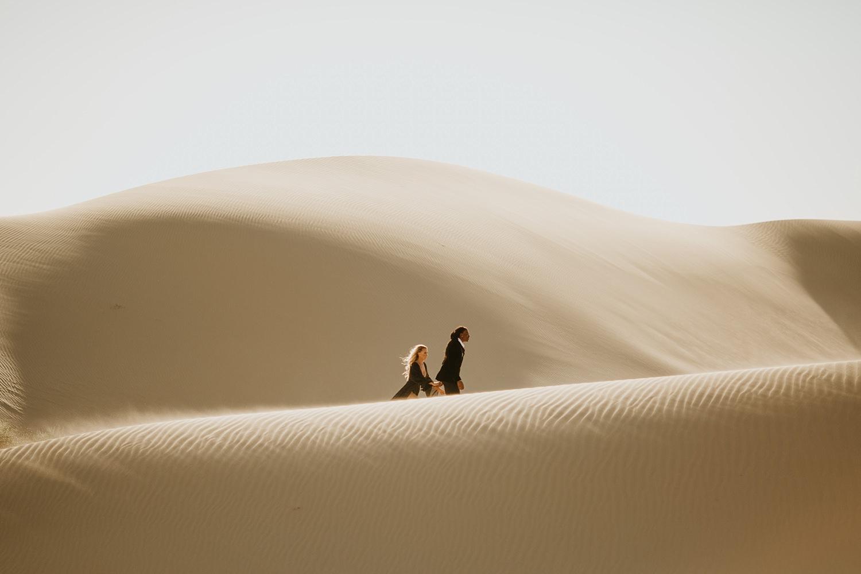 Sand Dunes Engagement Photographer   http://alexandriamonette.com